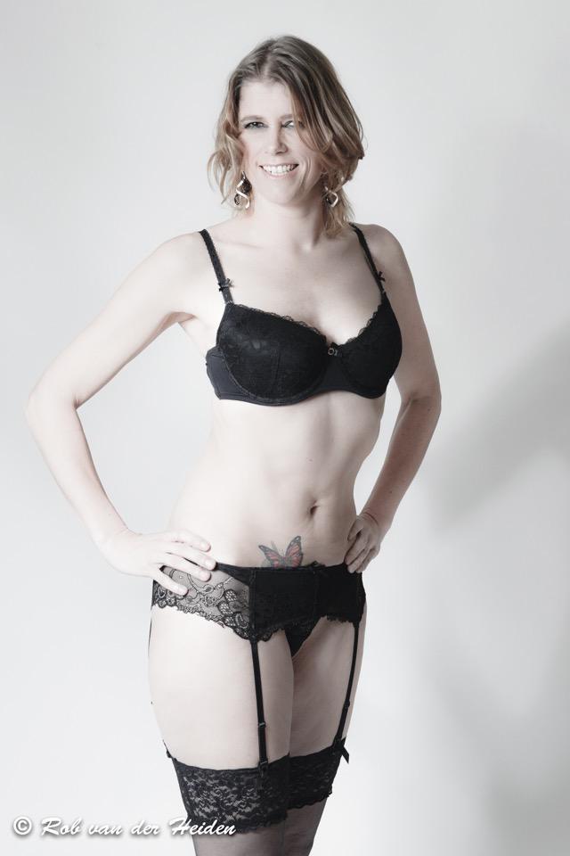 dildo-pictures-natascha-lingerie-girls